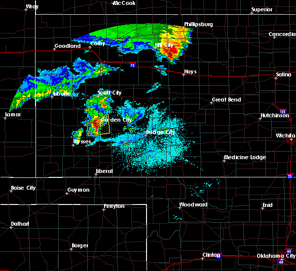 Radar Image for Severe Thunderstorms near Garden City, KS at 6/28/2020 12:17 AM CDT