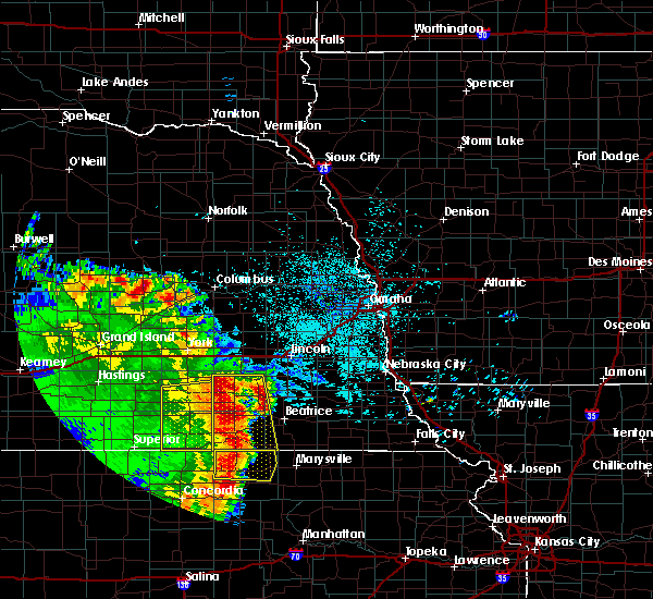Radar Image for Severe Thunderstorms near Wymore, NE at 6/28/2020 2:49 AM CDT