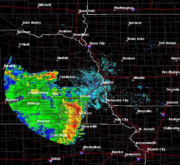 Radar Image for Severe Thunderstorms near Wymore, NE at 6/28/2020 3:12 AM CDT