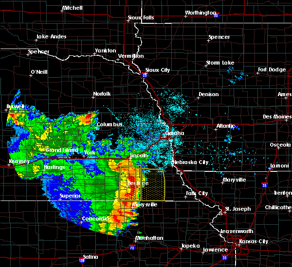 Radar Image for Severe Thunderstorms near Odell, NE at 6/28/2020 3:28 AM CDT