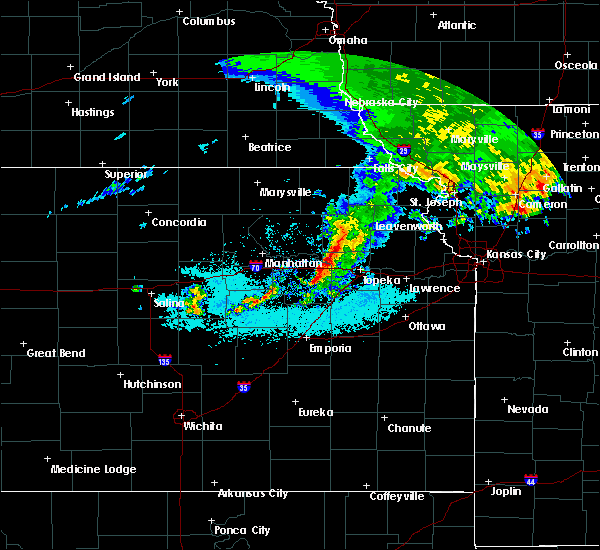 Radar Image for Severe Thunderstorms near Hoyt, KS at 6/28/2020 6:31 AM CDT