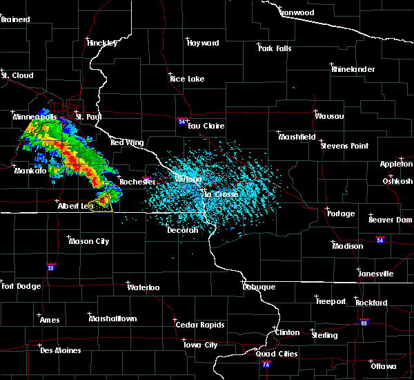 Radar Image for Severe Thunderstorms near Rochester, MN at 6/28/2020 5:46 PM CDT
