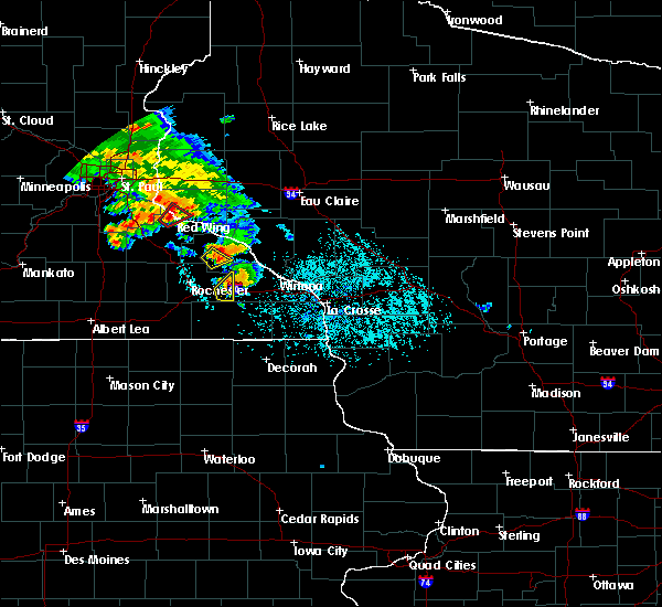 Radar Image for Severe Thunderstorms near Lewiston, MN at 6/28/2020 7:29 PM CDT