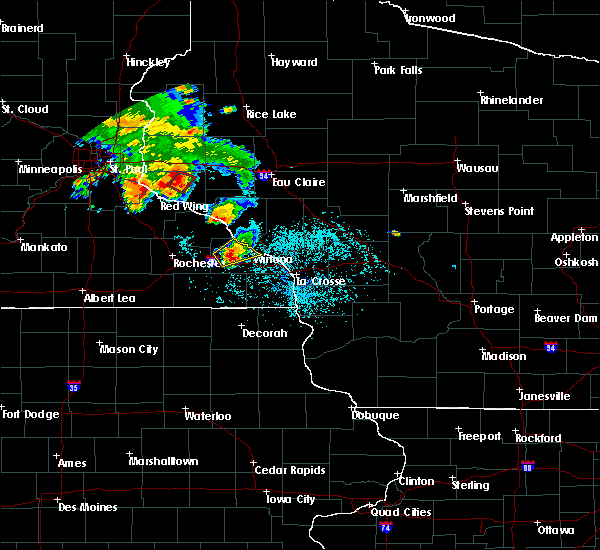 Radar Image for Severe Thunderstorms near Minnesota City, MN at 6/28/2020 8:04 PM CDT