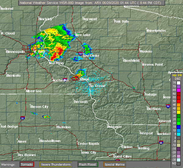 Radar Image for Severe Thunderstorms near Winona, MN at 6/28/2020 8:48 PM CDT