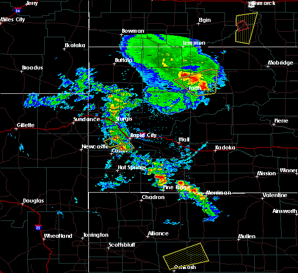Radar Image for Severe Thunderstorms near Batesland, SD at 6/28/2020 8:06 PM MDT