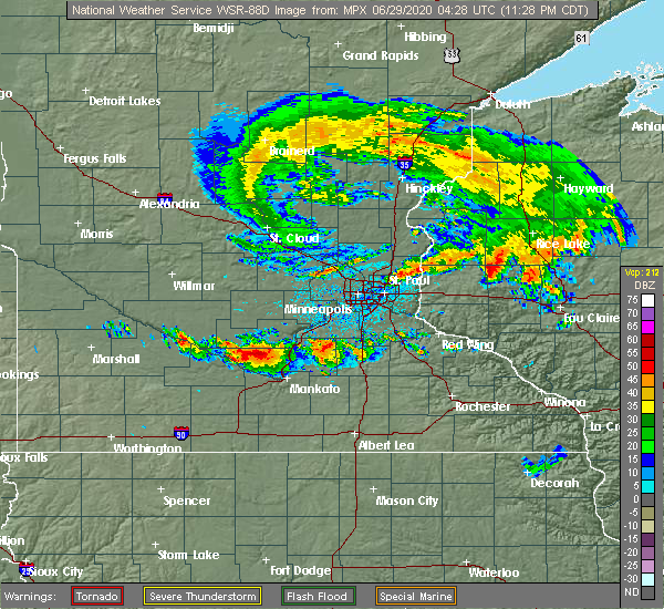 Radar Image for Severe Thunderstorms near Winthrop, MN at 6/28/2020 11:33 PM CDT