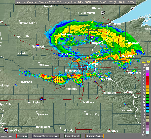 Radar Image for Severe Thunderstorms near Winthrop, MN at 6/28/2020 11:55 PM CDT