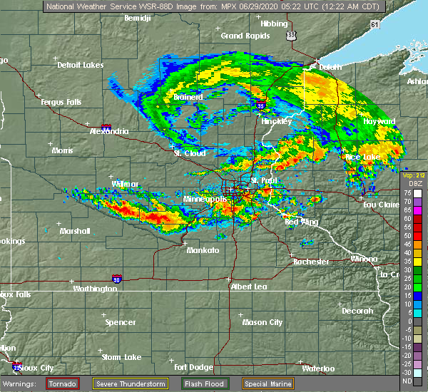 Radar Image for Severe Thunderstorms near Winthrop, MN at 6/29/2020 12:24 AM CDT
