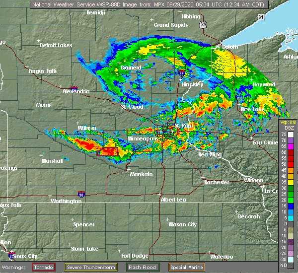 Radar Image for Severe Thunderstorms near Winthrop, MN at 6/29/2020 12:40 AM CDT