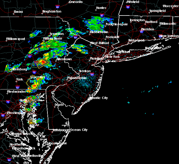 Radar Image for Severe Thunderstorms near Blandon, PA at 6/30/2015 1:54 PM EDT