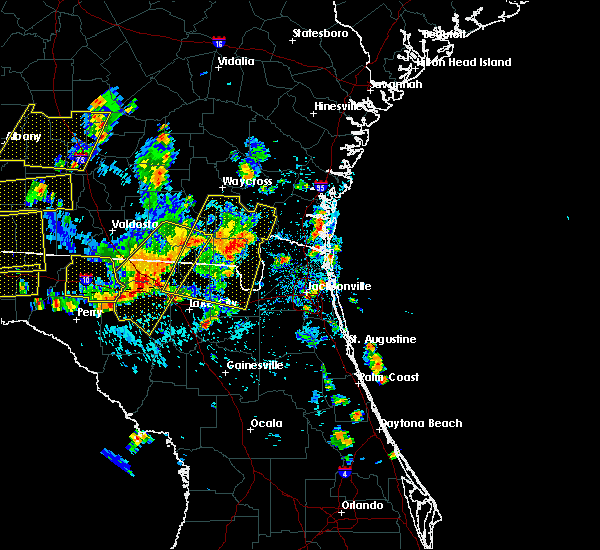 Radar Image for Severe Thunderstorms near Kingsland, GA at 6/30/2015 2:16 PM EDT