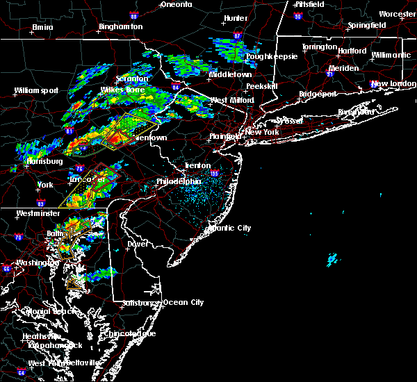 Radar Image for Severe Thunderstorms near Fullerton, PA at 6/30/2015 2:16 PM EDT