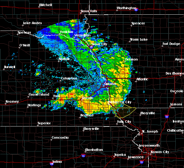 Radar Image for Severe Thunderstorms near Clarinda, IA at 7/1/2020 2:04 AM CDT