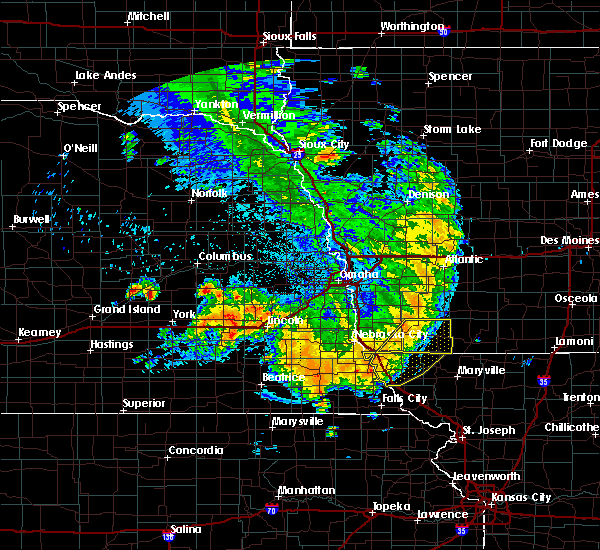 Radar Image for Severe Thunderstorms near Braddyville, IA at 7/1/2020 2:27 AM CDT