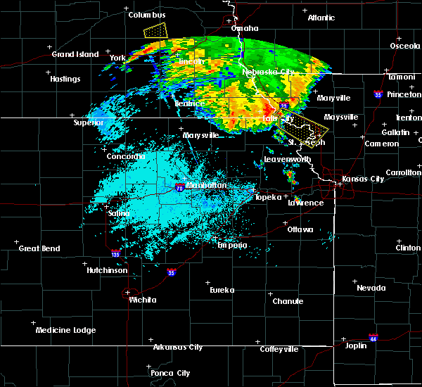 Radar Image for Severe Thunderstorms near Amazonia, MO at 7/1/2020 3:28 AM CDT