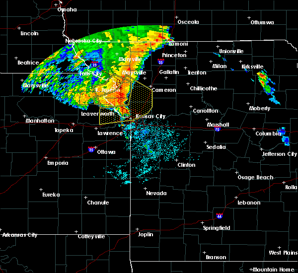 Radar Image for Severe Thunderstorms near Weatherby Lake, MO at 7/1/2020 4:30 AM CDT