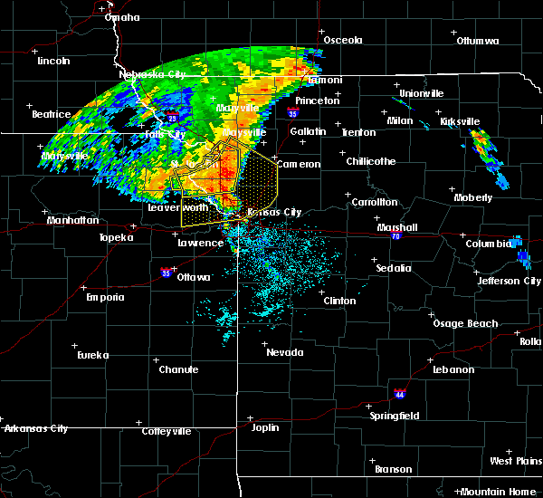 Radar Image for Severe Thunderstorms near Lewis and Clark Village, MO at 7/1/2020 4:36 AM CDT