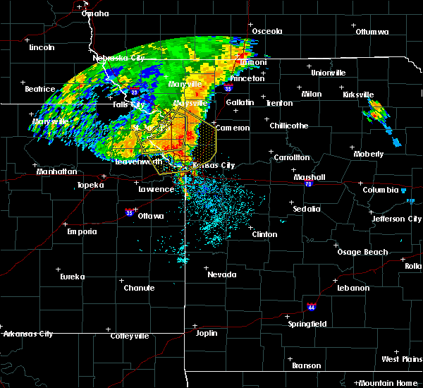 Radar Image for Severe Thunderstorms near Weatherby Lake, MO at 7/1/2020 4:47 AM CDT