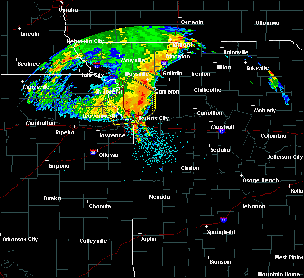 Radar Image for Severe Thunderstorms near Weatherby Lake, MO at 7/1/2020 5:04 AM CDT