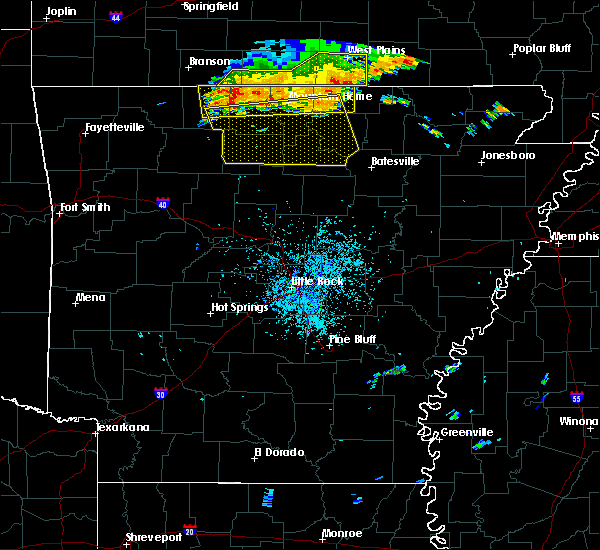 Radar Image for Severe Thunderstorms near Melbourne, AR at 7/1/2020 12:31 PM CDT