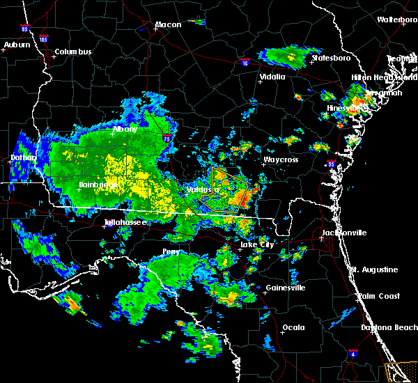 Radar Image for Severe Thunderstorms near Homerville, GA at 7/1/2020 5:07 PM EDT