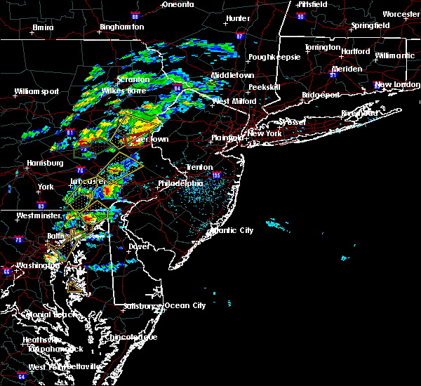 Radar Image for Severe Thunderstorms near Phoenixville, PA at 6/30/2015 2:55 PM EDT