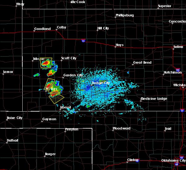 Radar Image for Severe Thunderstorms near Lakin, KS at 7/1/2020 6:53 PM CDT