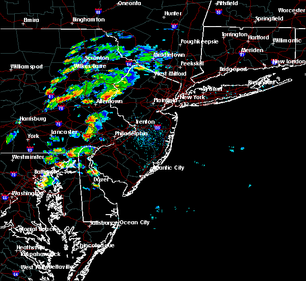 Radar Image for Severe Thunderstorms near Mountain Lake, NJ at 6/30/2015 3:17 PM EDT