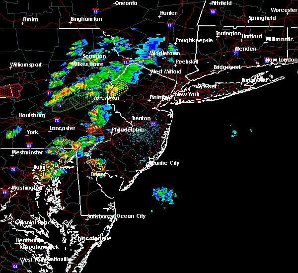 Radar Image for Severe Thunderstorms near Mountain Lake, NJ at 6/30/2015 3:40 PM EDT