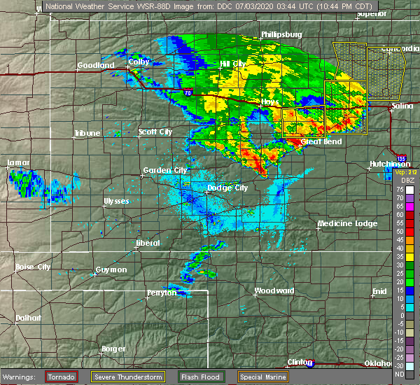 Radar Image for Severe Thunderstorms near Great Bend, KS at 7/2/2020 10:48 PM CDT