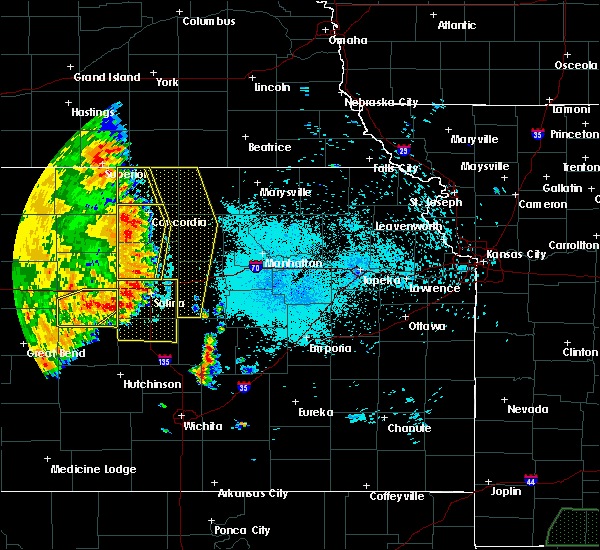 Radar Image for Severe Thunderstorms near Miltonvale, KS at 7/2/2020 11:24 PM CDT