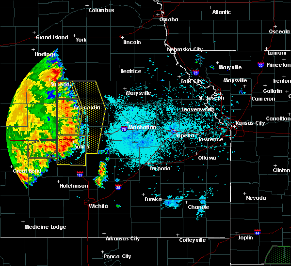 Radar Image for Severe Thunderstorms near Miltonvale, KS at 7/2/2020 11:33 PM CDT