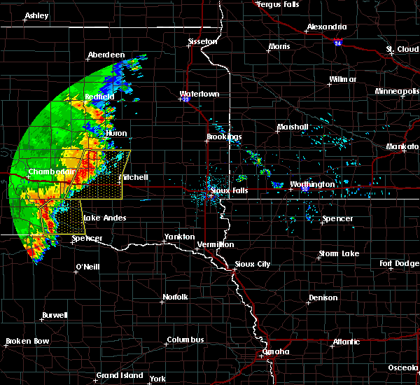 Radar Image for Severe Thunderstorms near Mitchell, SD at 7/3/2020 12:37 AM CDT
