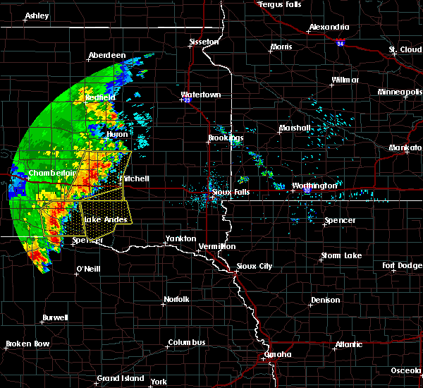 Radar Image for Severe Thunderstorms near Mitchell, SD at 7/3/2020 12:56 AM CDT