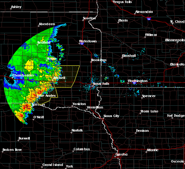 Radar Image for Severe Thunderstorms near Springfield, SD at 7/3/2020 1:32 AM CDT