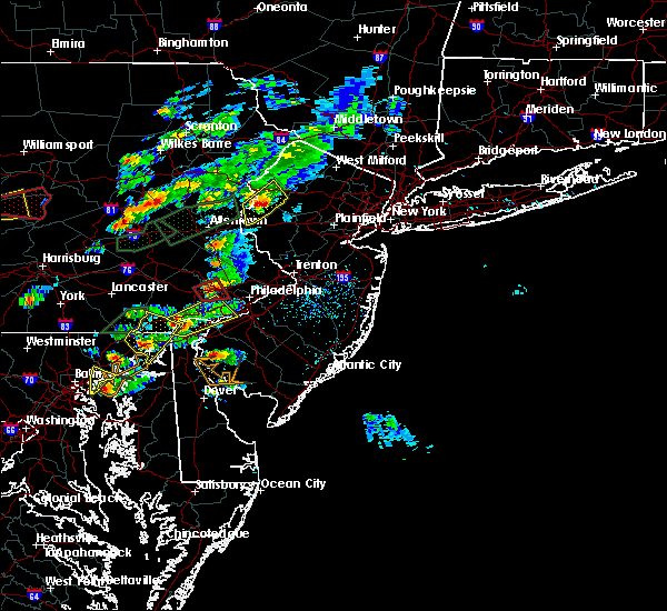 Radar Image for Severe Thunderstorms near Trevose, PA at 6/30/2015 3:48 PM EDT