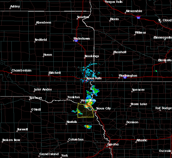 Radar Image for Severe Thunderstorms near North Sioux City, SD at 7/3/2020 5:55 PM CDT