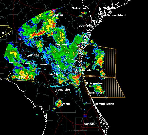 Radar Image for Severe Thunderstorms near Jacksonville, FL at 6/30/2015 4:04 PM EDT