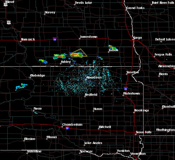 Radar Image for Severe Thunderstorms near Edgeley, ND at 7/4/2020 3:40 PM CDT