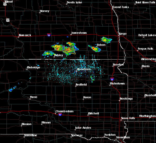 Radar Image for Severe Thunderstorms near Edgeley, ND at 7/4/2020 4:32 PM CDT