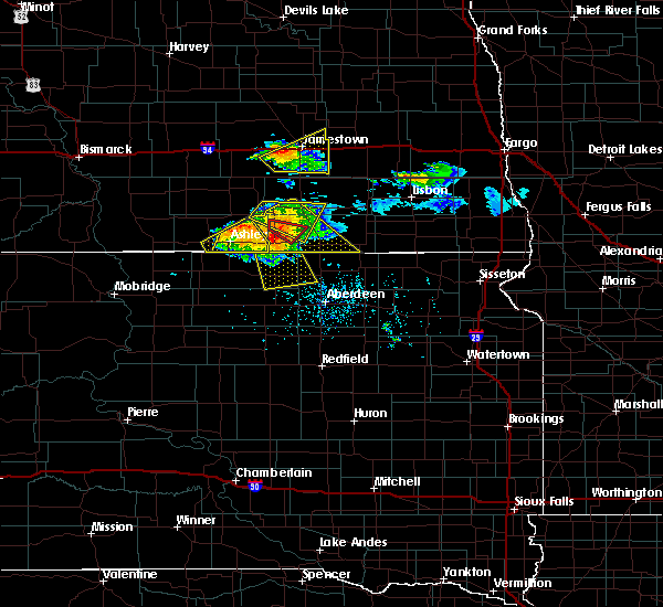 Radar Image for Severe Thunderstorms near Edgeley, ND at 7/4/2020 6:16 PM CDT