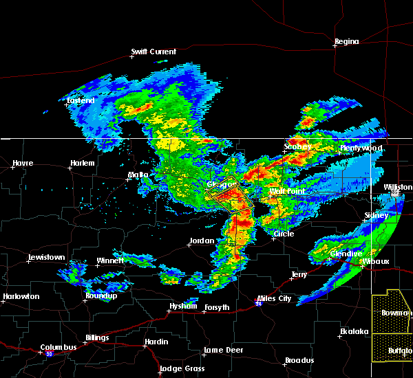 Radar Image for Severe Thunderstorms near Wolf Point, MT at 7/4/2020 9:36 PM MDT