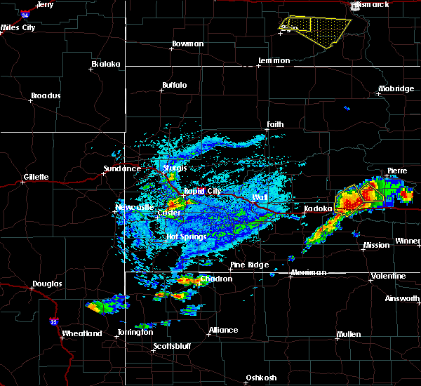 Radar Image for Severe Thunderstorms near Fairburn, SD at 7/5/2020 4:10 PM MDT