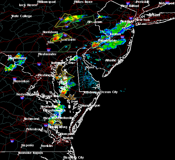 Radar Image for Severe Thunderstorms near Queenstown, MD at 6/30/2015 5:10 PM EDT