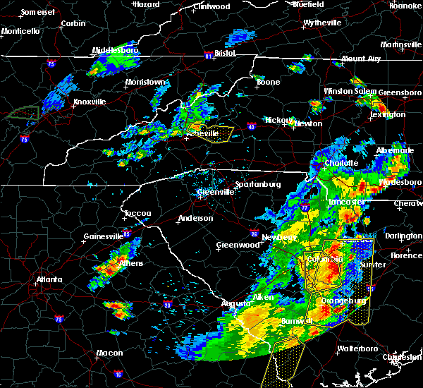 Radar Image for Severe Thunderstorms near Swannanoa, NC at 6/30/2015 5:24 PM EDT