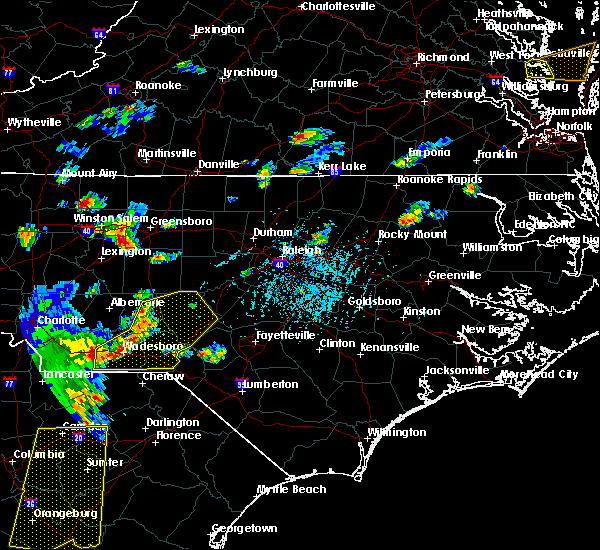 Radar Image for Severe Thunderstorms near Seven Lakes, NC at 6/30/2015 5:34 PM EDT