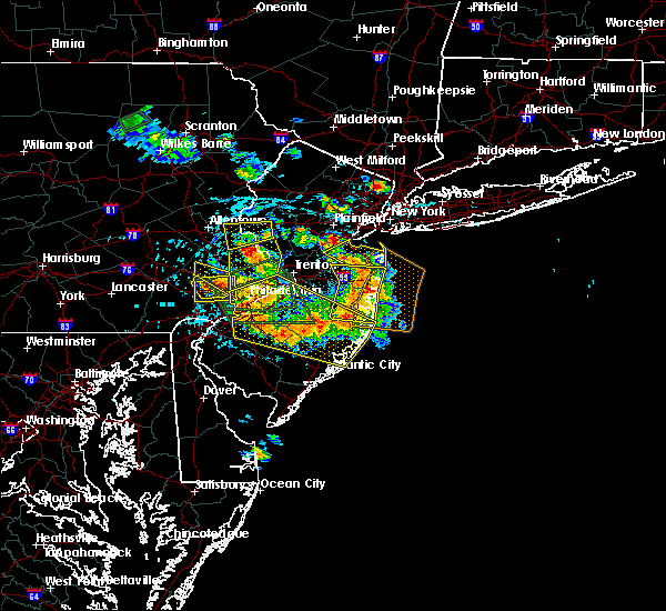 Radar Image for Severe Thunderstorms near Spring City, PA at 7/6/2020 3:14 PM EDT