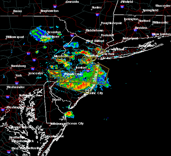 Radar Image for Severe Thunderstorms near Spring City, PA at 7/6/2020 3:37 PM EDT