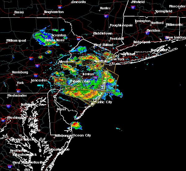 Radar Image for Severe Thunderstorms near Fullerton, PA at 7/6/2020 3:41 PM EDT